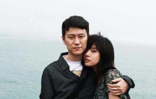 孔杰与女友陈小匀 俊男靓女幸福一对