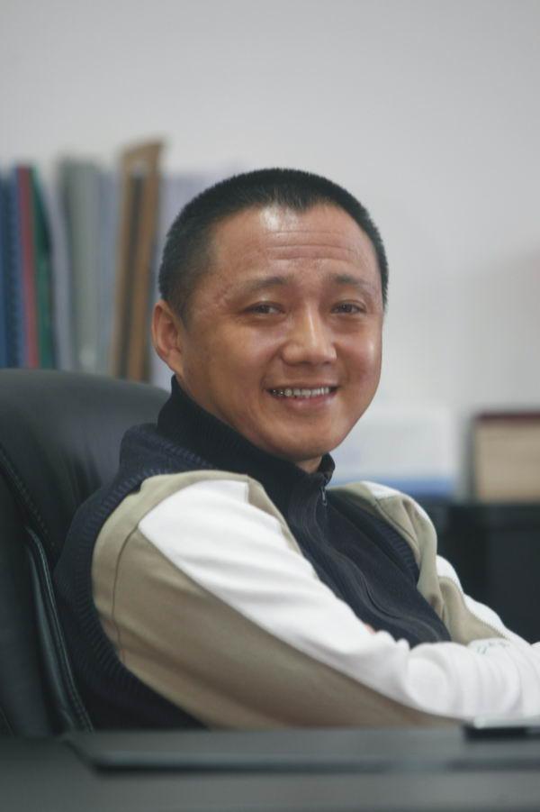 CEO李儒奇