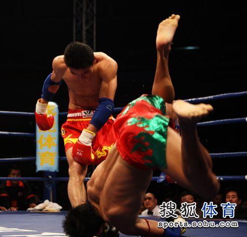 徐吉福摔出对手