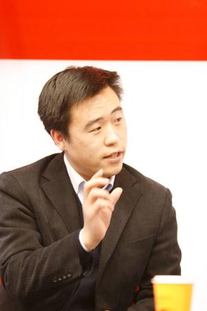 公益时报社副总编辑赵冠军先生