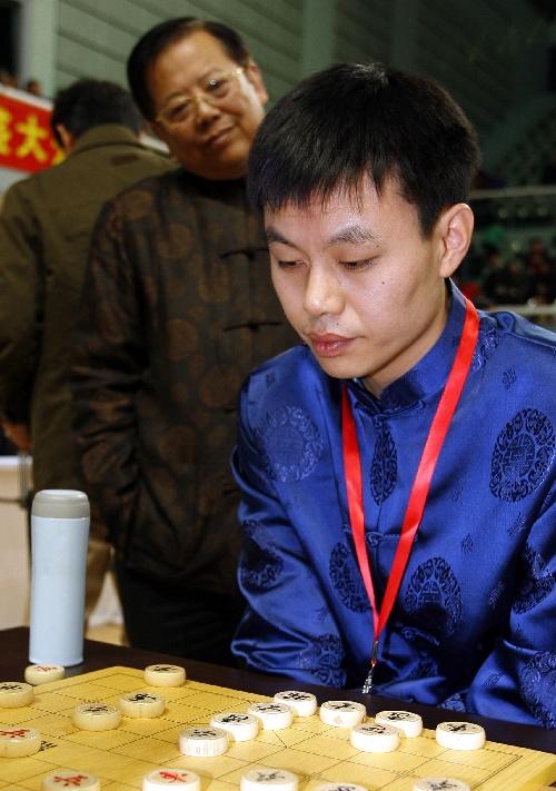 许银川象棋�:-f����,,_图文:象棋年终总决赛许银川胜李鸿嘉 晋级决赛