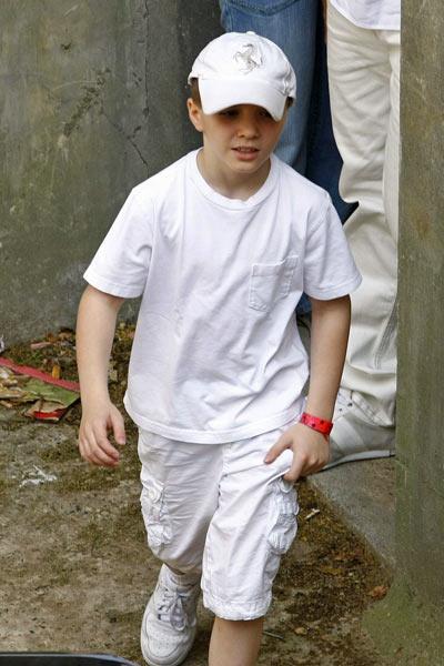 好莱坞一周潮人街拍:Rocco麦当娜儿子