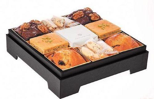 喜饼盒子打开都是精致的糕点
