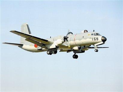 执行任务的YS-11E电子战飞机。