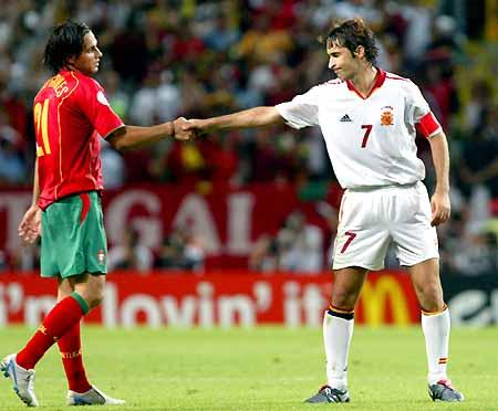 西班牙04年欧洲杯出局