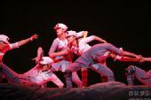 《复兴之路》第二章《热血赋》图片 歌舞《长征路上》1