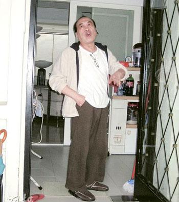 林伟雄6日向记者表示,不明白胞弟为何出律师信要求他迁出.图片