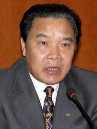 """黄瑶,61岁,贵州开阳人,贵州省政协原主席。2009年10月,因涉嫌严重违纪,被中纪委""""双规""""。"""