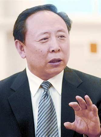 """康日新,56岁,山西大同人,中国核工业集团公司原党组书记兼总经理。2009年8月,因涉嫌严重违纪,被中纪委""""双规""""。"""