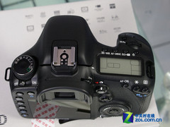 配18-200mm防抖头 佳能单反7D套机新低价