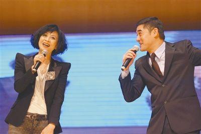 刘嘉玲称《让子弹飞》超级爆笑