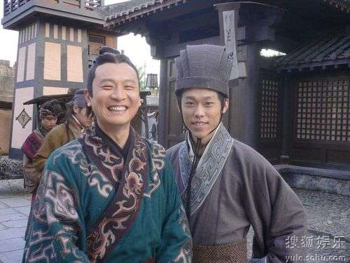 赵晖(右)和张世