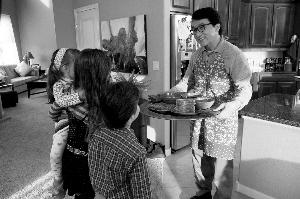 成龙在新片变成三个孩子的奶爸,与《宝贝计划》差不多