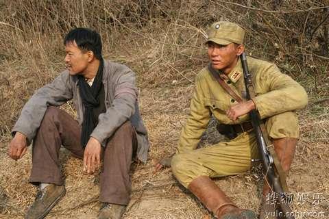《生死线》李晨廖凡哥儿俩的休闲时光