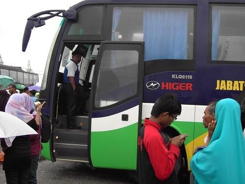 海格客车吸引众人眼球
