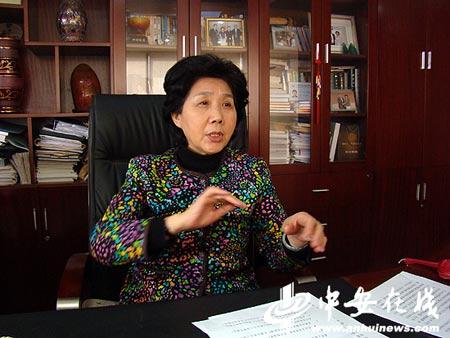 安徽省参与2010年上海世博会筹备工作领导小组副组长、省世博办主任、省贸促会会长高红妹