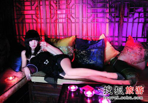 忘忧的床―Club China Doll