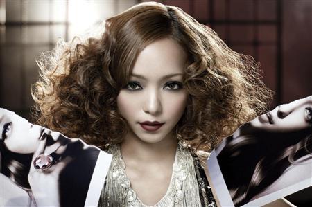 安室奈美惠最新专辑 亚洲五个国家地区夺下冠军