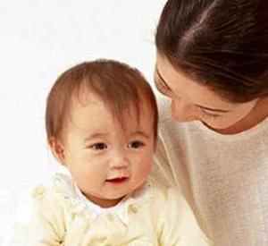 婴儿护理台_如何护理婴儿