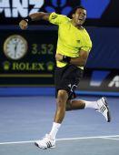 图文:澳网第十日男单1/4决赛 特松加激动不已