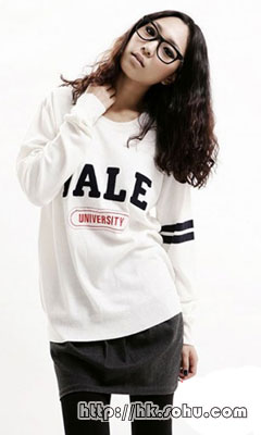 Yale University 线衫 原价$399,特价$200