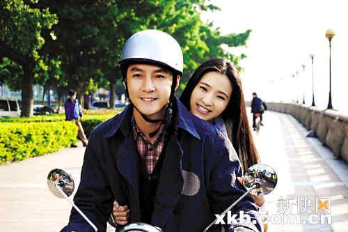 吴彦祖和龚蓓�在珠江新城拍摄现场