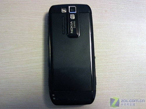 黑色家族无限壮大 新版诺基亚E66卖2490