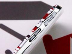 时尚触控天翼手机 三星F839行货2200元