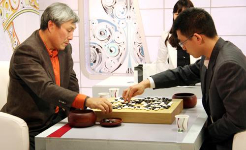 图文:BC卡杯32强战第七日 丁伟力克老将曹薰铉