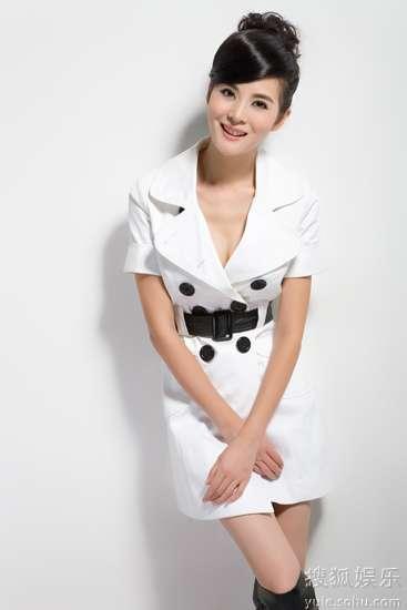 李鑫雨甜美笑容