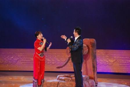 二妮和王宏伟