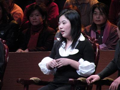 蒋方舟抨击中国性教育 倪萍目瞪口呆