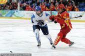 图文:中国女冰1-2负芬兰无缘四强 顽强防守