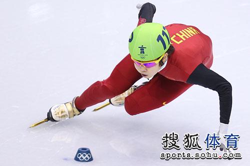 王�鹘�级500米决赛