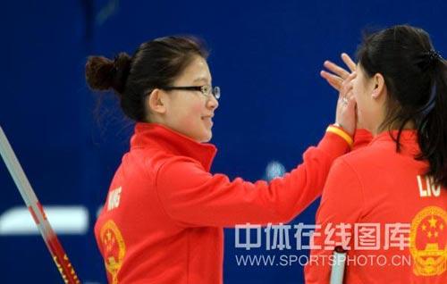 王冰玉庆祝胜利