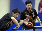 图文:乒乓球卡塔尔公开赛 张继科回球瞬间