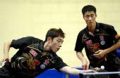 图文:乒乓球卡塔尔公开赛 许昕小心翼翼