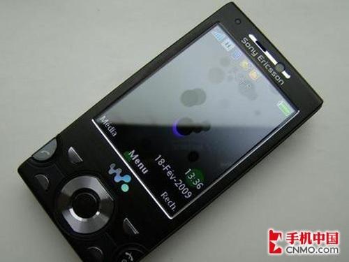 800万Walkman旗舰 索尼爱立信W995热销