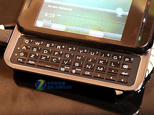 侧滑QWERTY设计 Acer P300展会真机图赏