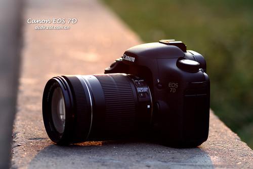 高速连拍高清摄像 佳能7D套机降价送配件