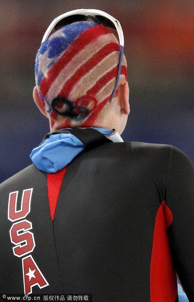 图文:速度滑冰男子10000米 贝德福个性发型