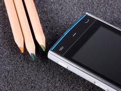 500W智能触控 诺基亚X6港行仅售3180元