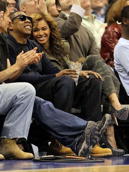 JAYZ和碧昂斯开怀大笑