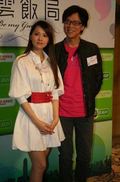 伊能静(左)曾在节目中谈论婚变