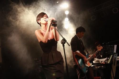陈珊妮曾于2009年5月在北京举行过个唱(资料图)