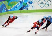 图文:中国获男子5000米接力第四 中国队失误