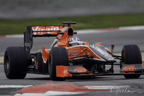 图文:F1季前末轮试第三天 格洛克进行测试