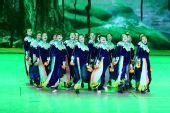 组图:央视元宵晚会 舞蹈《各自花开的时候》
