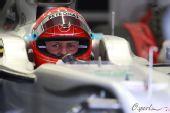图文:2010赛季前F1试车结束 舒马赫等待出发