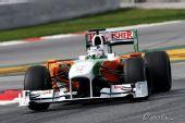 图文:2010赛季前F1试车结束 苏蒂尔进行试车